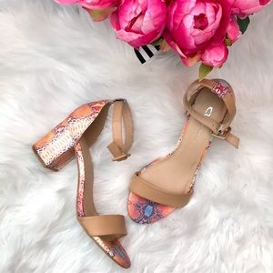 NWOT CL by Laundry snake python ankle block heel